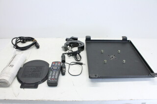 Projector CL-X85 With Case and Accessories HVR-O-3894 NEW 5