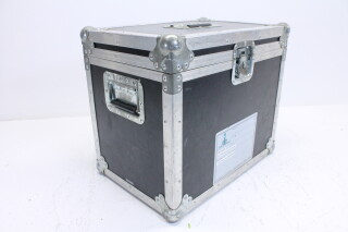 Projector CL-X85 With Case and Accessories HVR-O-3894 NEW 7
