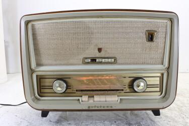 SA4008A/01 vintage tube radio 1957-1958 BLW-ORB4-6762 NEW