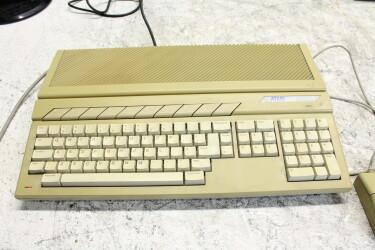 1040STF vintage computer (No.1) BLW-ZV18-6679 NEW