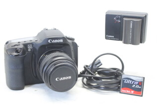 EOS 10D Digital Camera With 35-80mm Lens, Charger And 2GB Memorycard EV-S-5564 NEW