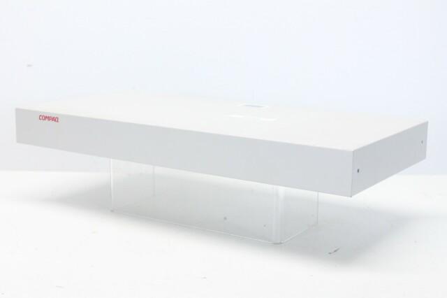 EO1004B 8-port KVM Switch - 147094-001 (No.2) N-10367-z