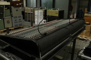 Century LM 40/8/2 Channel Mixer In Flightcase With PSU PUR VL-14288-BV 7