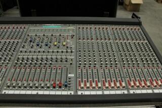 HP-8 32/8/2 Channel Mixer In Flightcase With PSU (No.1) PUR VL-14287-BV 3