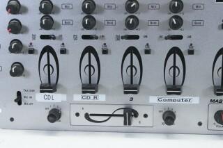 Fusion - 19 Inch DJ Mixer with Sampler R-11948-bv 5
