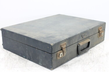 Dusty O'll Suitcase with Cards and PCB's HEN-R-6050 NEW