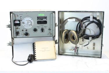 Frequency Meter AN/URM-32A Model 1021 HEN-ZV-15-5972 NEW