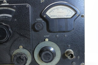 U-H-F- Signal Generator Type: 604-8 HEN-ORV-1-5295 NEW 6
