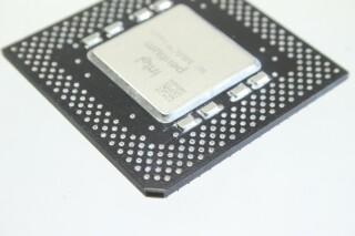 Pentium MMX 200MHz Processor (FV80503200) B-in doos-11685-bv