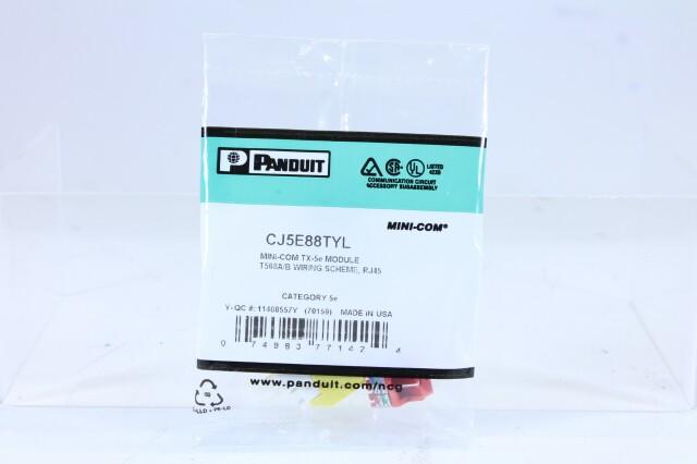 CJ5E88TYL Mini-com plug D1/10974