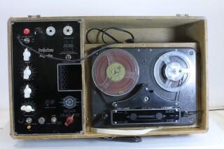 Magneton Vintage Audio Tube Tape Recorder in transport case M/1678-x