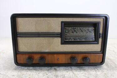 778Abakelite vintage tube radio 1940 BLW-ORB6-6788 NEW
