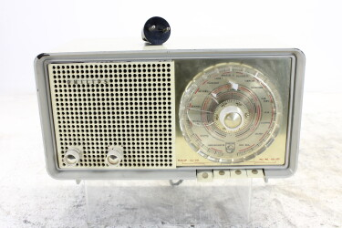 B3X90U vintage tube radio 1959-1960 BLW-ORB4-6758 NEW