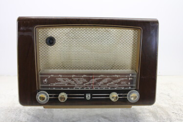 BX410A vintage tube radio 1951-1952 BLW-ORB6-6782 NEW