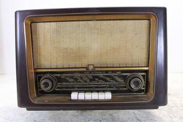 BX433A02 vintage bakelite tube radio 1954 BLW-ORB4-6763 NEW