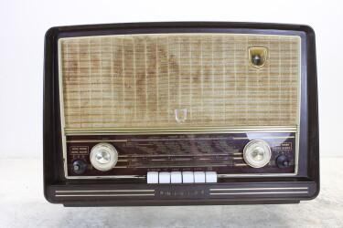 BX453A19 vintage bakelite tube radio 1955-1956 BLW-ORB4-6765 NEW