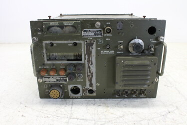US Army Signal Corps Receiver Transmitter Radio RT 264 / UPX6 HEN-ZV-20-6132 NEW