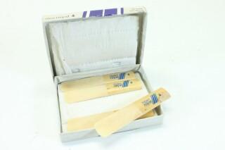 Tenor Saxophone Reeds 4 Pcs in Original Box B-3-9142-x