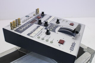 Edirol  V4 4-Channel Video Mixer With Case HVR-P-3841 NEW 1