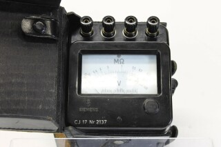CJ17 Ohms and volt meter nr 2137 C/2137-x