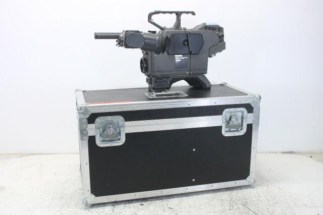 BVP-70ISP - Color Video Camera Body - Incl, Flightcase BVH2 naast-T-11764-bv