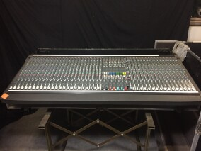 SM20 Mixing Console 40 Channels + Flightcase PUR-VL-4070 1