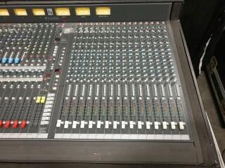 K2 40 Channel Console In Flightcase VL-11888-BV 4