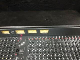 K2 40 Channel Console In Flightcase VL-11888-BV 6