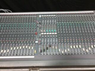 SM12 40 Channel Console In Flightcase VL-11890-BV 3