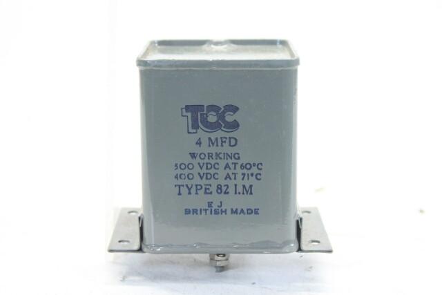 NEW OLD STOCK4 MFD 300VDCat 60°C - 400VDCat 71°C Type 82 I.M. HEN-ZV-7-BOX-2-5326