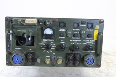 NF-Gerät N-193/1 Military Transmitter/Receiver with phone horn AS NEW! HEN-OR12-6374 NEW