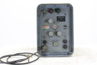 British Army Amplifier 105-230v HEN-ZV-11-6181 NEW