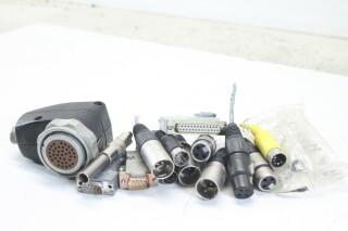Assorted Lot of Plugs (No.12) EV-E-9-14276-bv 1