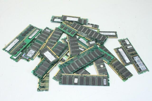 Big Lot of Mixed Dimm, Simm, DDR, SDRAM, Ram Cache Memory (No.1) D-3-11700-bv