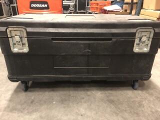 Black Plastic Flightcase AXLC1-VL-3742