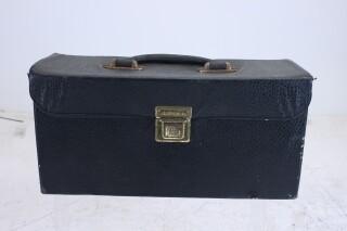 Empty leather case C-6582-x