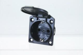 Grounded 230 V, 16 A Power Socket P-in doos-12117-bv