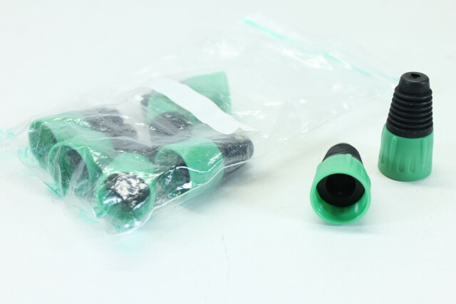 Lot of 8 XLR Sockets With Green colored Boots (No.2) B-3-8612-x
