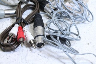 Lot with cables with different connectors and plugs (No.2) PLVL-3--7223-x 2