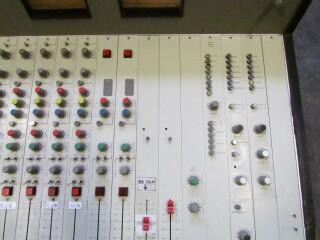 vintage broadcast 18 channel studio console FL1-x 2