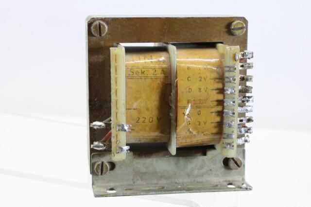 UN4 Transformer 220v Sek 2 Ampere - To 1,2,8,12,3,18 Volt D9-12593-BV