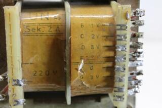 UN4 Transformer 220v Sek 2 Ampere - To 1,2,8,12,3,18 Volt D9-12593-BV 2